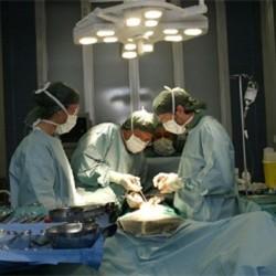 Chirurgia plastica, è boom in Cina: oltre 2 milioni di interventi nel 2011, per un mercato da 47 miliardi di euro