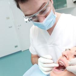 Dental Glass inaugura l'era della tecnologia in odontoiatria