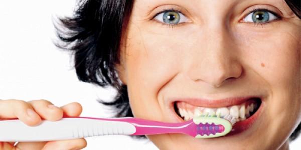 Implantologia dentale, i migliori studi sono su implantologia24