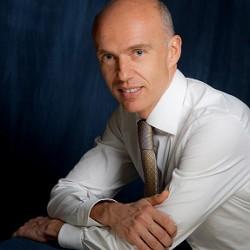 Prof. Dini Mario Chirurgo Plastico Estetico